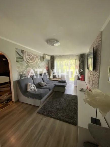 продажа трехкомнатной квартиры номер A-164832 в Приморском районе, фото номер 6